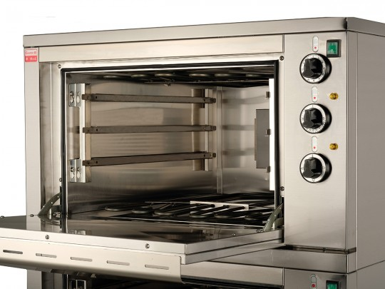 Accessories for electric ovens